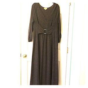 Long maxi dress 《by Liz Lange》